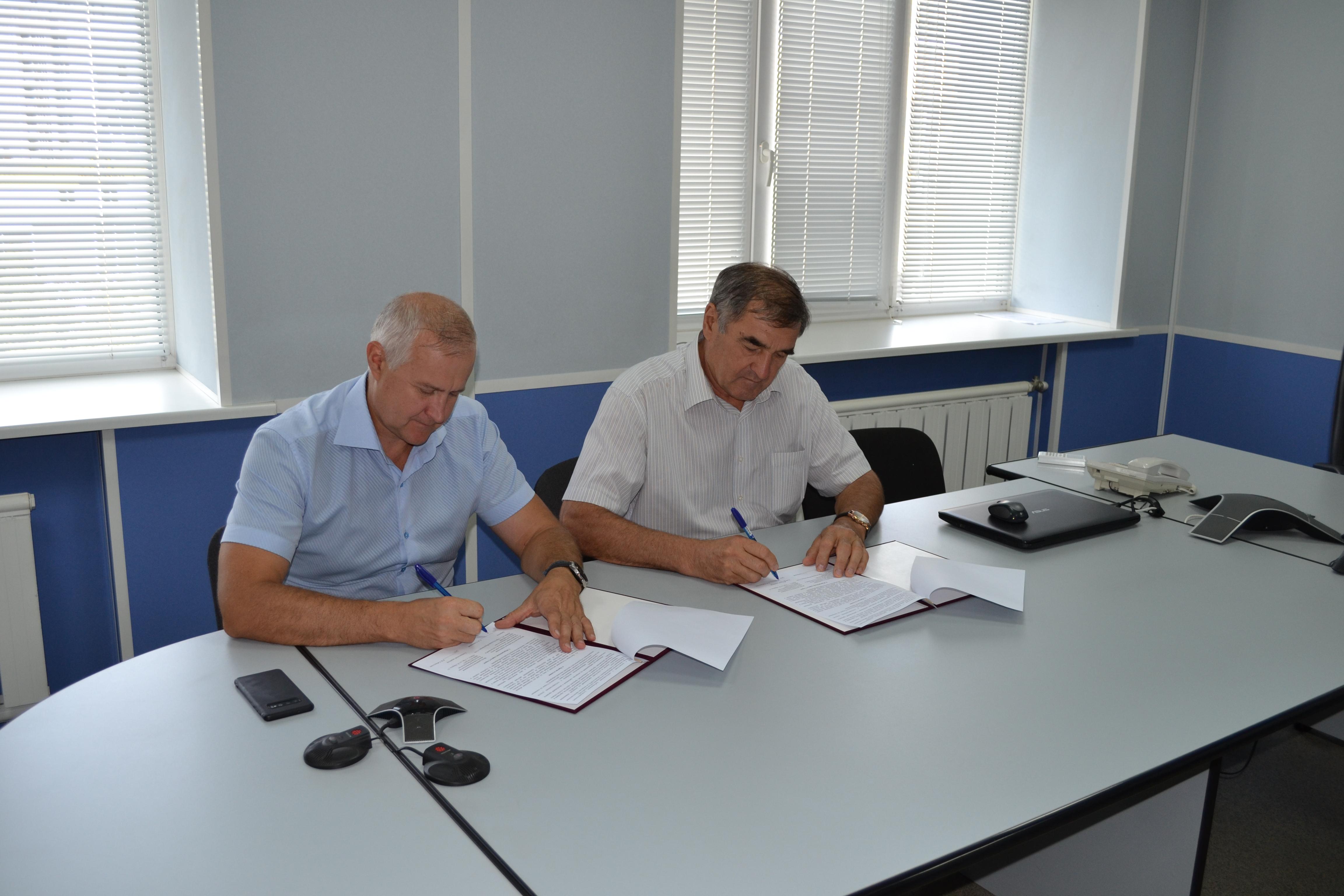 Руководители ЦСМ Республики Башкортостан и Фонда развития и поддержки малого предпринимательства Республики Башкортостан подписали соглашение о сотрудничестве